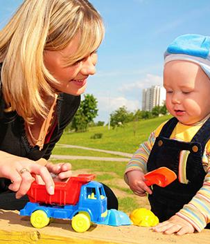 photos éducatrice avec enfant